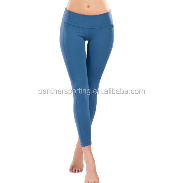Women In Yoga Pants Front View : Simple White Women In ...