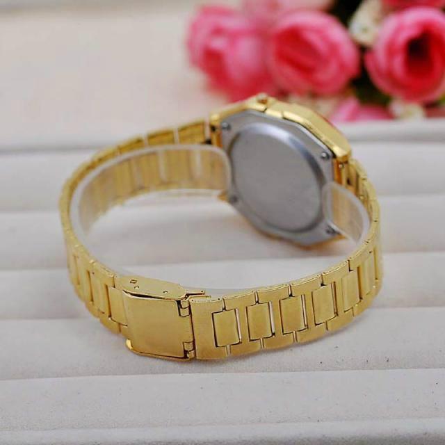 Moda oro plata pareja reloj Cassio digital reloj cuadrados militar hombres    mujeres se visten relojes deportivos de mujer oro whatch – AliPlugin Demo2 487ac60eb9e8