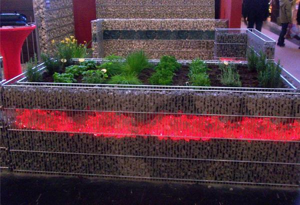 Joy Garden Decoration Red Colored Glass Rocks For Gabion