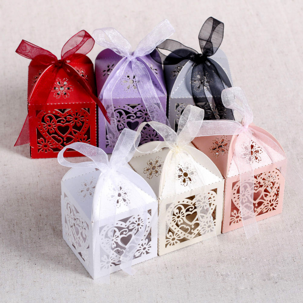 Gift Boxes For Weddings: 50pcs/lot Love Heart Laser Cut Candy Gift Boxes Wedding