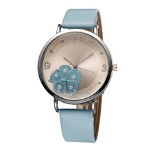 2016 new fashion Female Three-Dimensional Flower Candy Colored Quartz Watch Students Round Casual Analog Dial