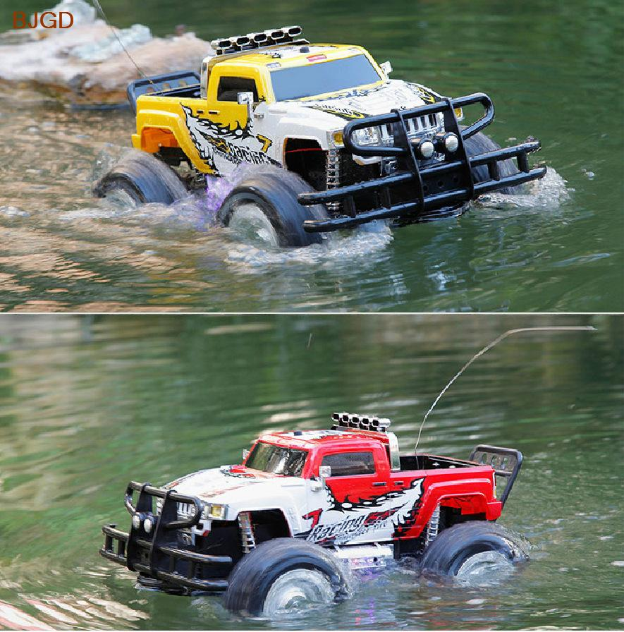 large four wheel drive amphibious rc car electric toy hummer sport utility vehicle charging. Black Bedroom Furniture Sets. Home Design Ideas