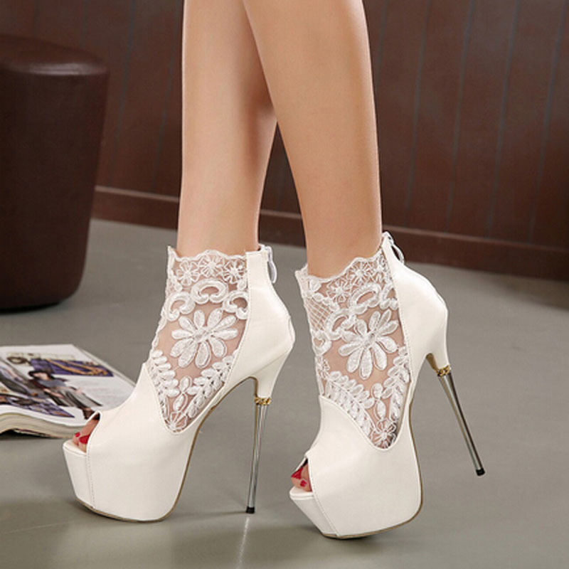 These throwback heels are the perfect combo of laid-back and stylish, and they're sure to add a little something to your black mini dress or your favorite ripped boy jeans. If you're looking for a pair of heels that are a little bit more ladylike, GoJane has you covered with sweet and sexy stiletto heels that will make your legs look a mile long.