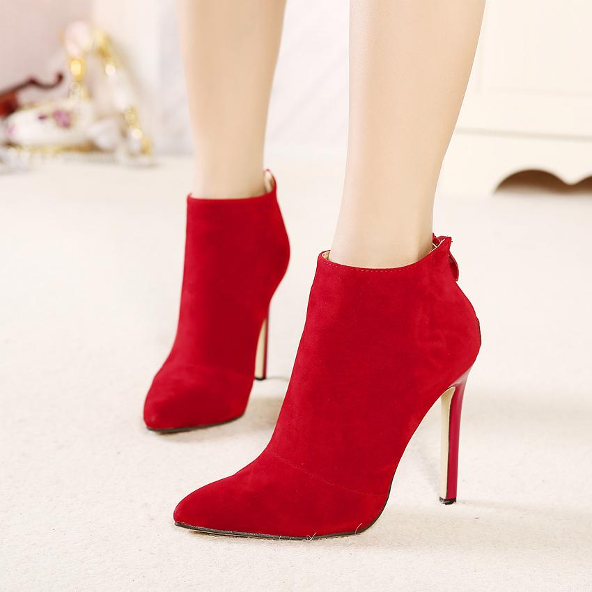 Killer metal heels on wooden floor 5