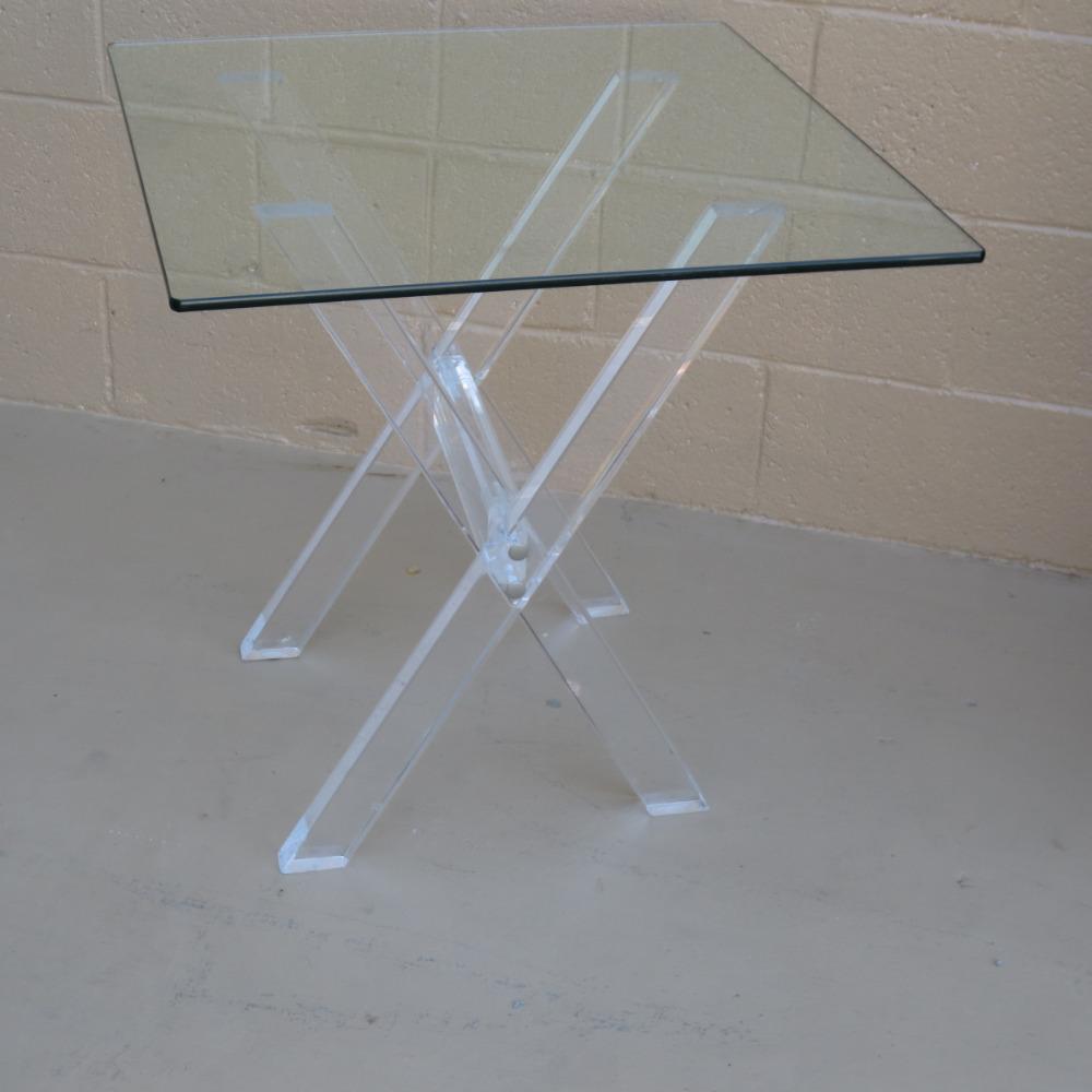 table basse plexiglass vintage. Black Bedroom Furniture Sets. Home Design Ideas
