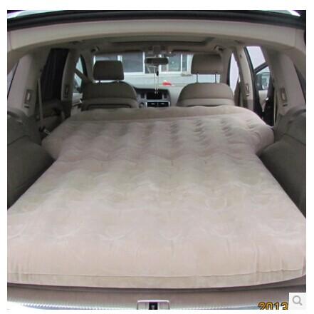 grande voiture lit voyage voitures transport matelas gonflable dans si ges banquettes et. Black Bedroom Furniture Sets. Home Design Ideas