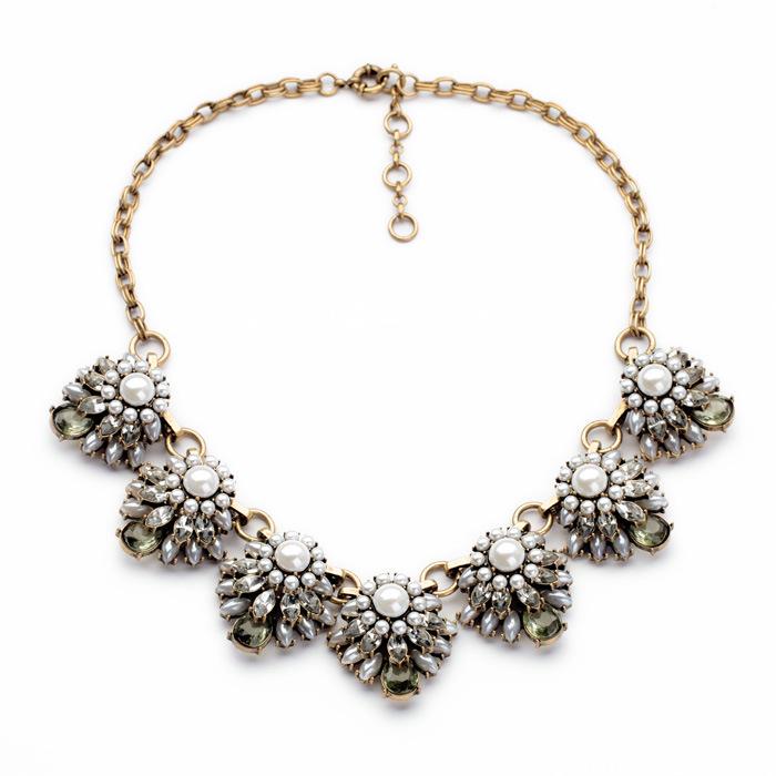vintage costum jewelry