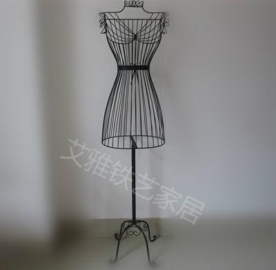 forg fer mod les f minins un mannequin femmes v tements costumes mod les suspension china. Black Bedroom Furniture Sets. Home Design Ideas