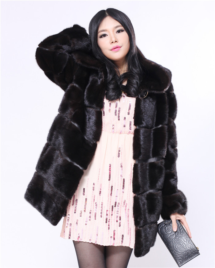 dark mahogony imported from finland regular sleeve fashion with hood real fur mink coat