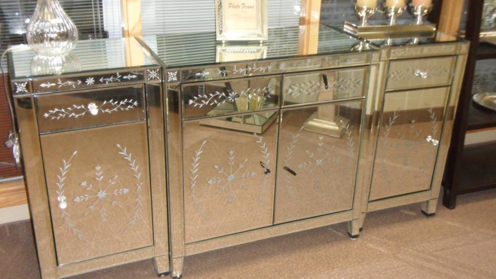 Venetian Style Mirrored Sideboard For Bedroom Buy Venetain Style Mirrored Sideboard,Mirrored