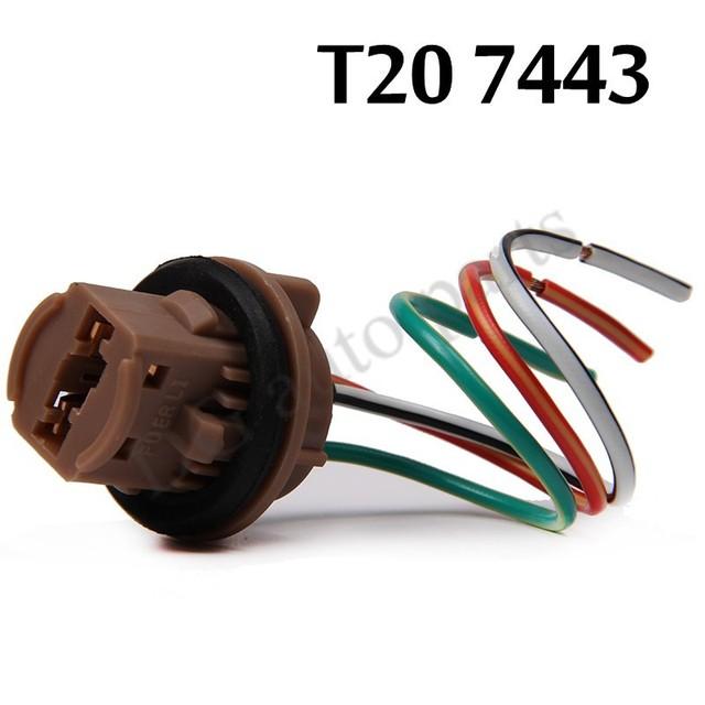 El juego de las imagenes-http://g03.a.alicdn.com/kf/HTB193wbJpXXXXXkXFXXq6xXFXXXG/2-unids-lote-7443-conector-para-mujer-con-la-l%C3%ADnea-T20-bombilla-LED-socket-conector-adaptadores.jpg_640x640.jpg