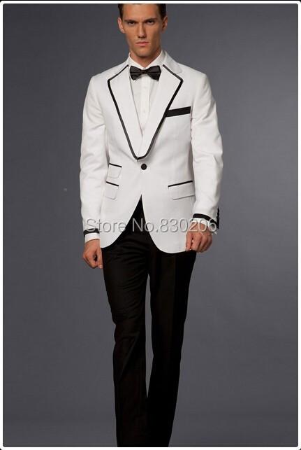 0eb56259571 Ilus valge kahesosaline ülikond