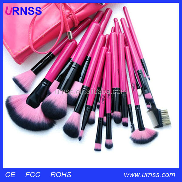 Cool makeup brushes
