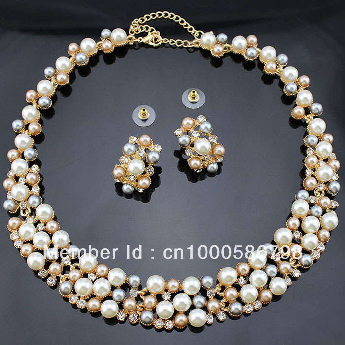 Cheap Pearl Necklace Sets: PN12365 Classic Imitation Pearl Jewelry Sets Gold Plated