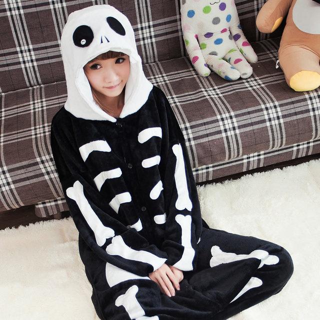e5ea66937a4c60 Damska piżama kombinezon z kapturem szkielet