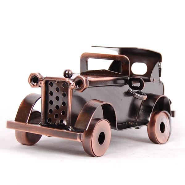 Hot Sale 2 Color Old Car Metal Chilren Toy Cars Modle Vintage Home Decor Sword Desktop Decoration Office Room 14*7*7cm