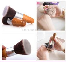 Kvalitní a praktický kosmetický štěteček na pudr
