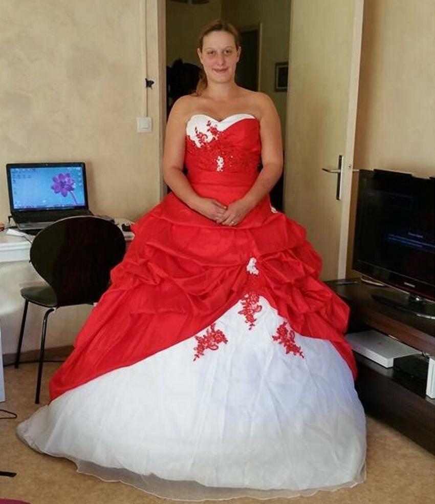 sexy robe de bal satin mari e de mari e pas cher rouge et. Black Bedroom Furniture Sets. Home Design Ideas