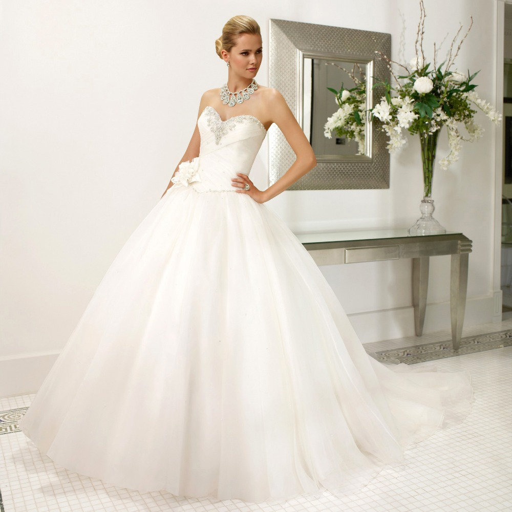 2015 New Elegant Vintage Beaded Sweetheart Ball Gown