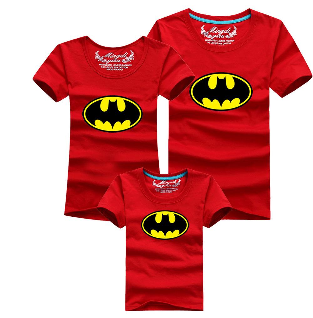 Лето семья соответствия мать дочь одежда наряды отец и сын костюм комплект короткий рукав бэтмен одежда рубашки T - рубашки