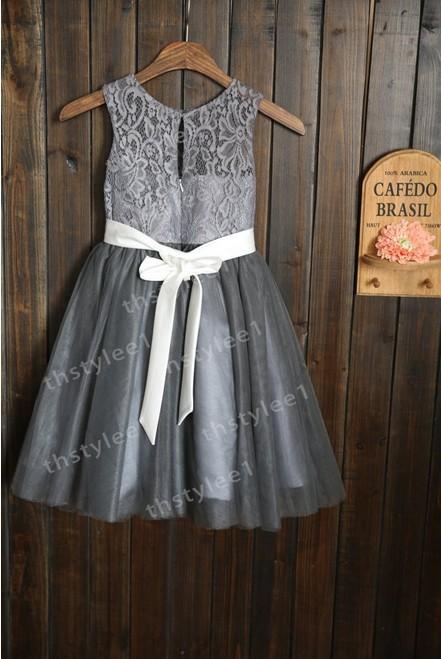gris tulle robes de demoiselle avec blanc sash de mari e enfants p ques bapt me robe filles. Black Bedroom Furniture Sets. Home Design Ideas