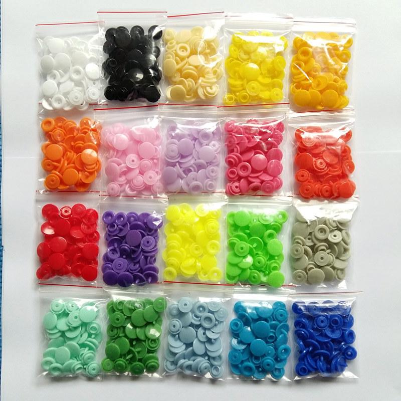Achetez en Gros en plastique snap bouton en Ligne à des