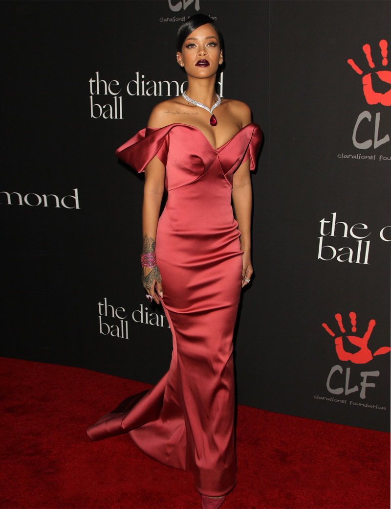 Achetez en Gros Rihanna rouge robe en Ligne à des ...