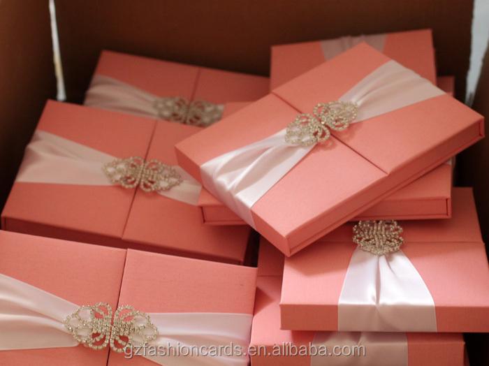 Boxed Wedding Invitations Wholesale: 2014 Luxo Exclusivo Caixa Convite De Casamento Com Broche