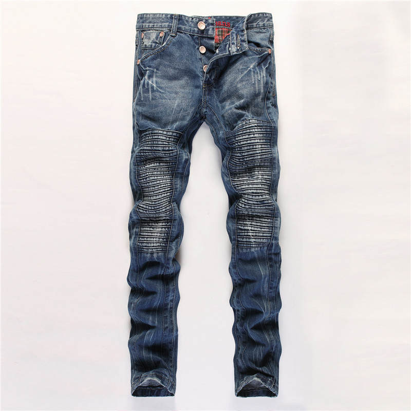 Straight fit jeans are typically a bit more fitted to your body (don't worry, they're usually not tight or anything) than relaxed fit and provide some room in the butt and thighs. If you don't want to look like you're wearing baggy jeans, but don't want them stuck to your body, these are the ones for you.