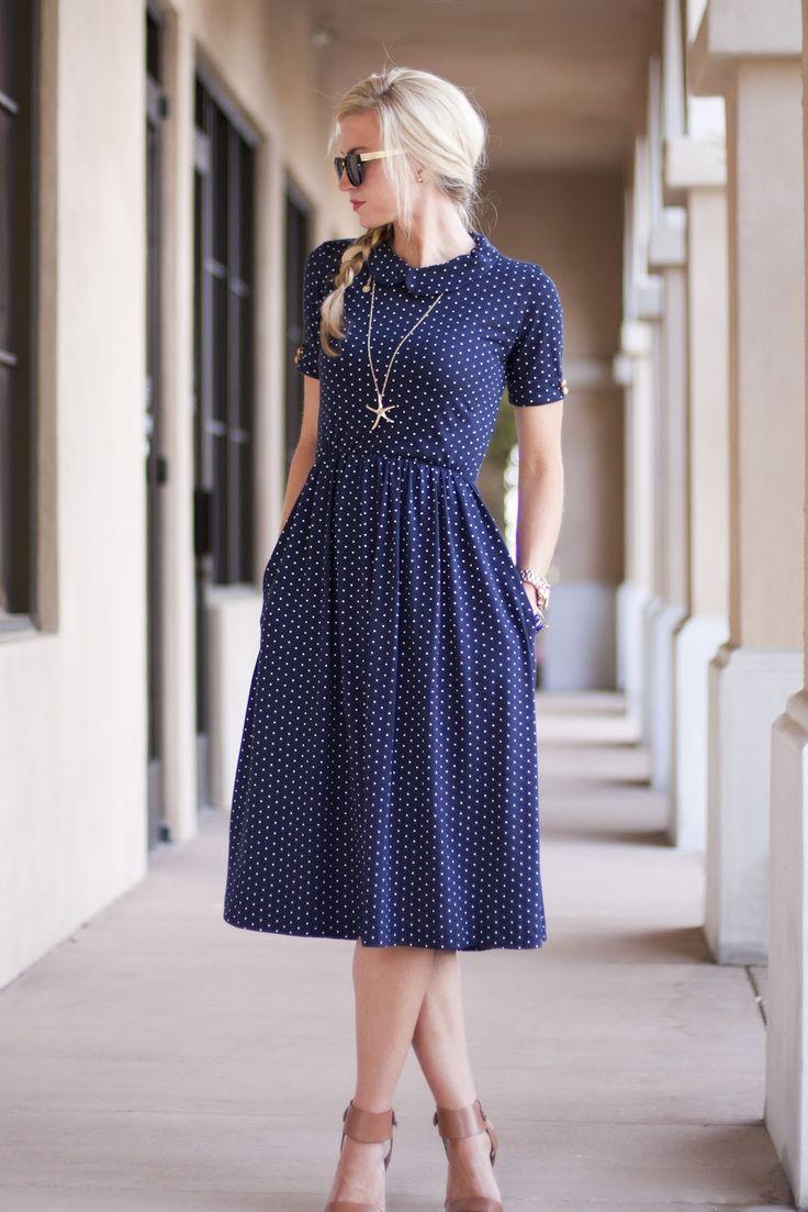 2015 свободного покроя синий плиссированные летний стиль точка с коротким рукавом воротник стойка средний-икры мода женщины-бич платье горячая распродажа