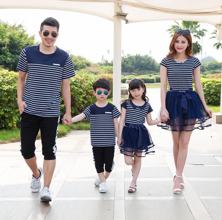 Rayó Del Impresión Manera Ropa Los La Madre De Vestidos Familia Empareja Muchacha Camiseta Que Hija QBeCxWodr