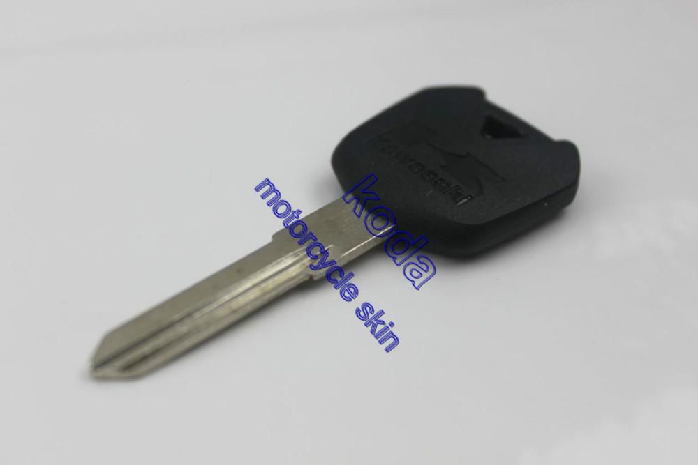 Бесплатная доставка новое пустой ключ режиссерский для Nijia 250 300 650R 1000 черный 2012 - 2013