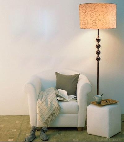 classic brief modern floor lamp study light living room lights bedroom floor lamp hot selling. Black Bedroom Furniture Sets. Home Design Ideas