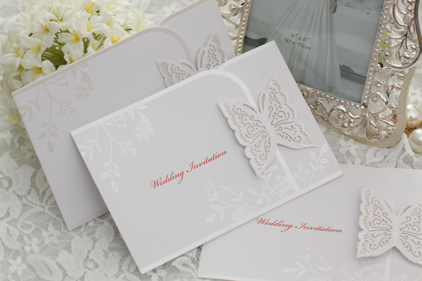 Wedding Invitation Card Handmade: New-Customize-Lovely-Butterfly-Design-Wedding-Day