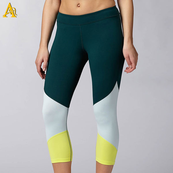 Comfortable Sexy Yoga Wear Shiny Yoga Pants