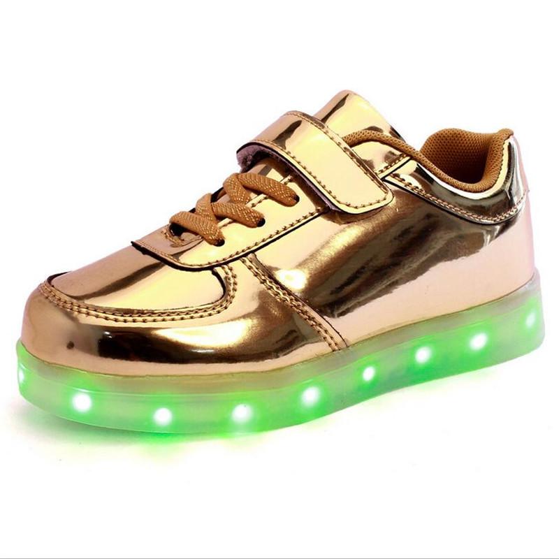 achetez en gros chaussures pour enfants avec la lumi re en ligne des grossistes chaussures. Black Bedroom Furniture Sets. Home Design Ideas