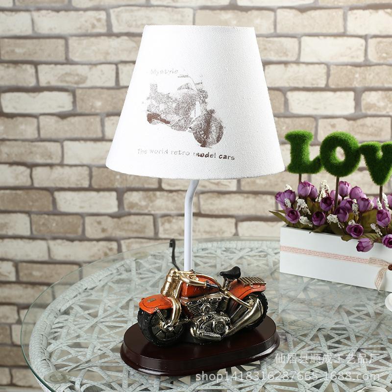 lampe de table de moto promotion achetez des lampe de. Black Bedroom Furniture Sets. Home Design Ideas