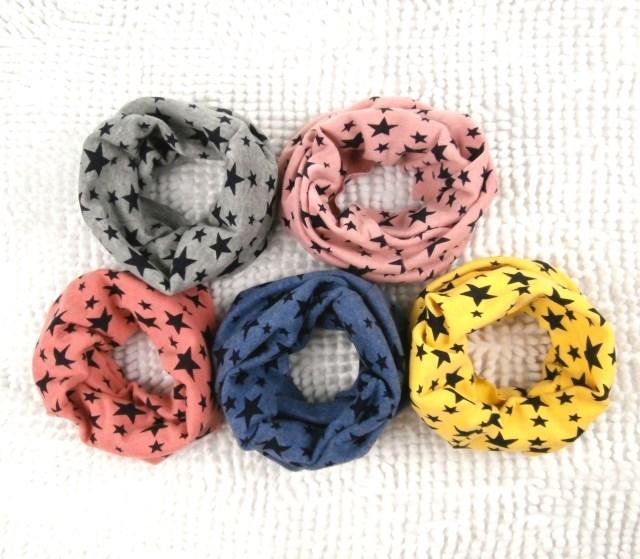 Free shipping 2015 new autumn Winter Chirldren collar Baby scarf Boys and girls cartoon Kids O
