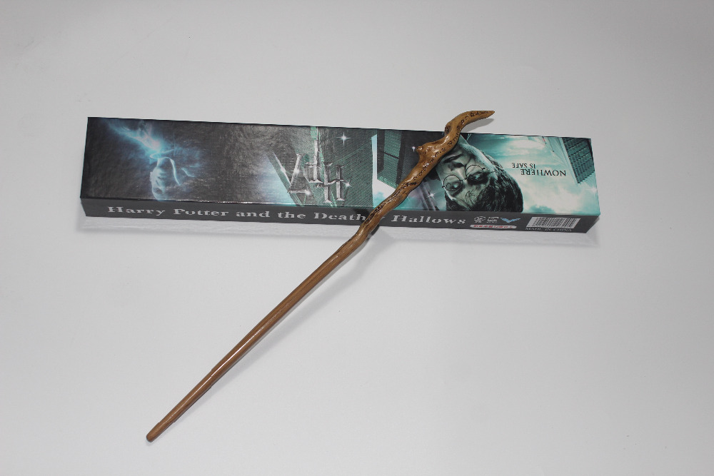 Harry Potter Movies Item Garrick Ollivander wand New In Box