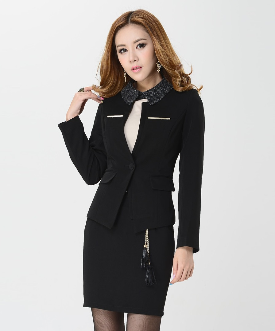 Women's Suits & Suit Separates. For a timeless work suit, find one-button or two-button blazers; or opt for the fashion-forward look of a trench or safari jacket. For an alternative, switch up your 9-to-5 look with different bottoms! Be sure to also check out jacket and skirt suits too.