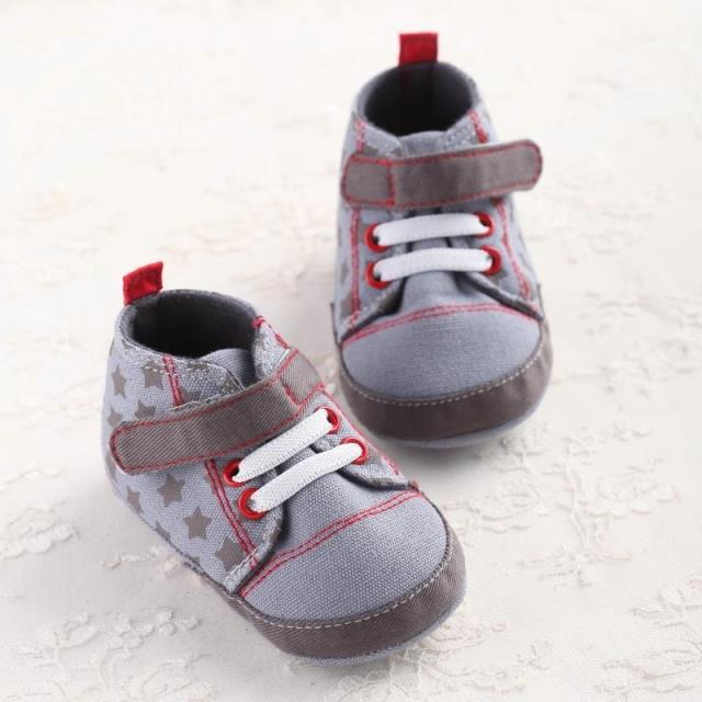 Baby boys shoes on sale now at Gymboree. Find our best prices on cute toddler boy shoes, sneakers, boots, and sandals in our sale section.