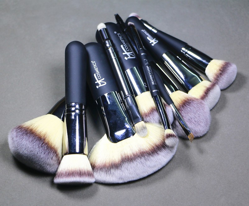 Wholesale Brand Heavenly Luxe Professional Makeup Brushes