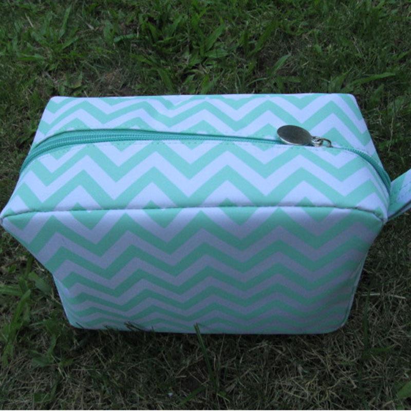 2019 Wholesale Blanks Chevron Cosmetic Bag Zig Zag Make Up Bag ... 5aee04da70be7