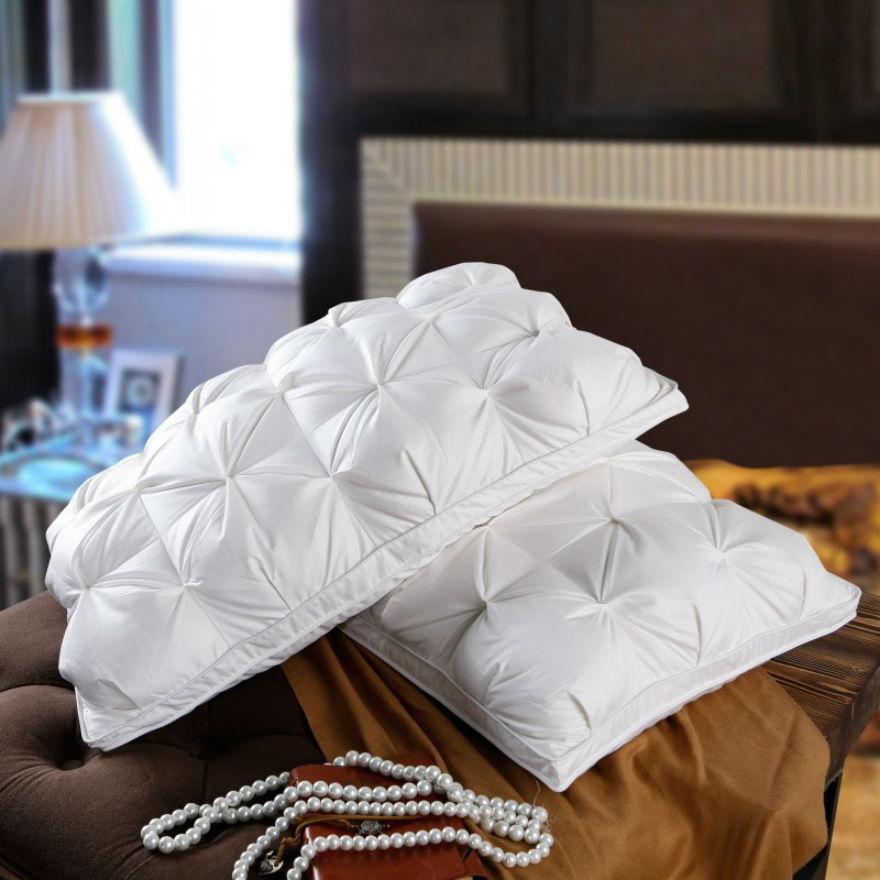 achetez en gros plume oreiller en ligne des grossistes plume oreiller chinois. Black Bedroom Furniture Sets. Home Design Ideas