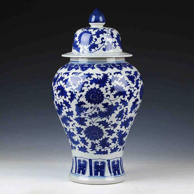 acheter bleu et blanc temple pots antique chinois vase en c ramique la main. Black Bedroom Furniture Sets. Home Design Ideas