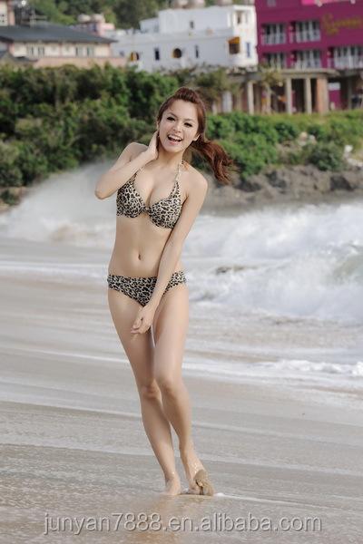 Nude Light Skined Women Pics 54
