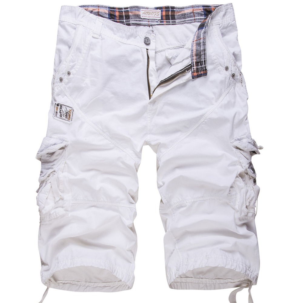 At American Eagle Outfitters, our men's cargo shorts are always a good choice and the perfect way to give your denim cutoffs or a mesh athletic shorts a day off. These aren't your dad's cargo shorts – AE cargo shorts are the perfect blend of put together and casual, in a classic fit you can wear.