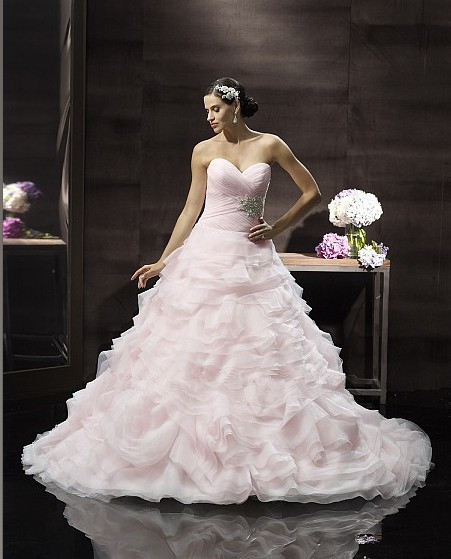 Dramatic Ball Gown Wedding Dresses: 2014 Soft Organza Layers Dramatic Ball Gown Flattering