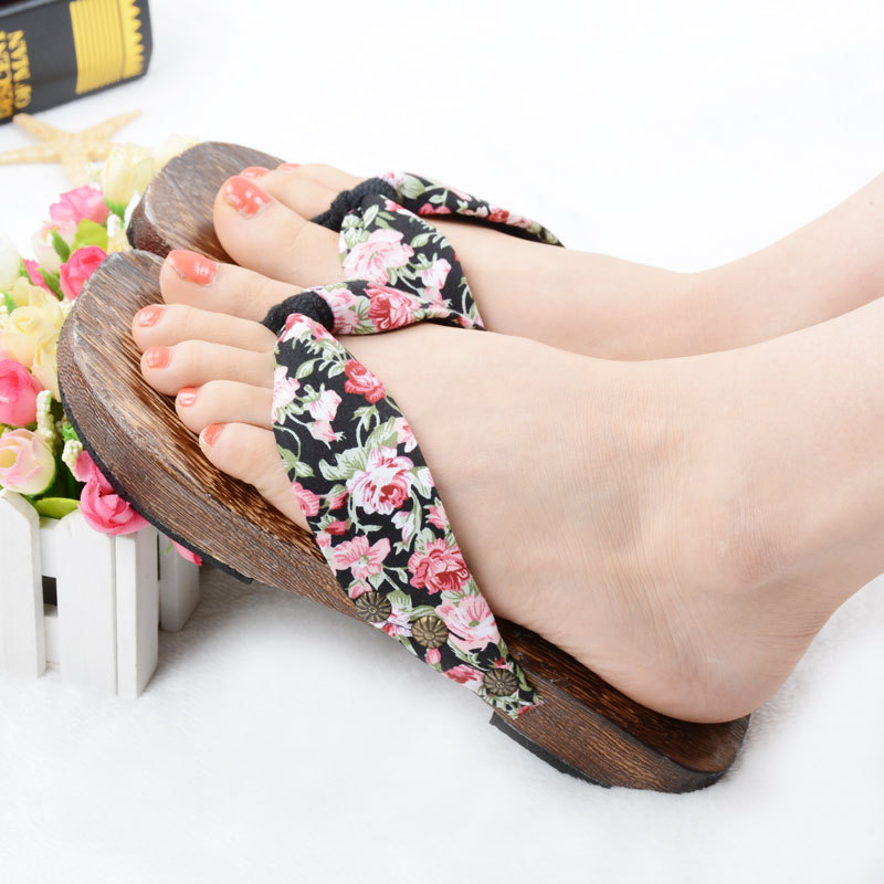 Japanese-shoes-Women-s-Classical-cosplay-Geta-women ...