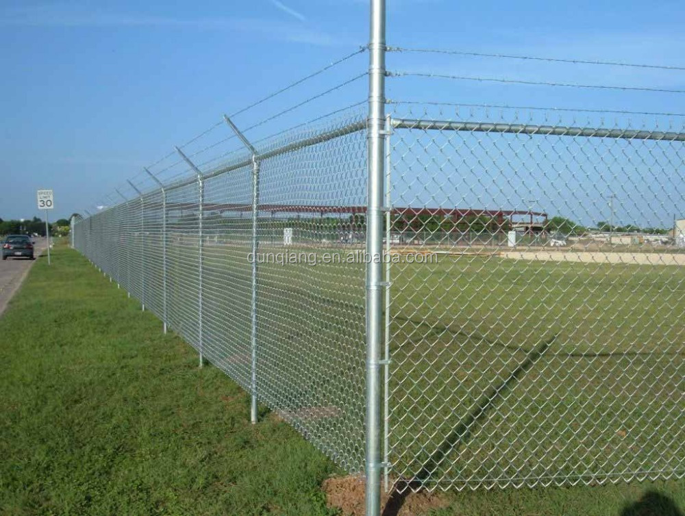 Pvc Coated Square Hole Wire Mesh Chain Link Fence Panels